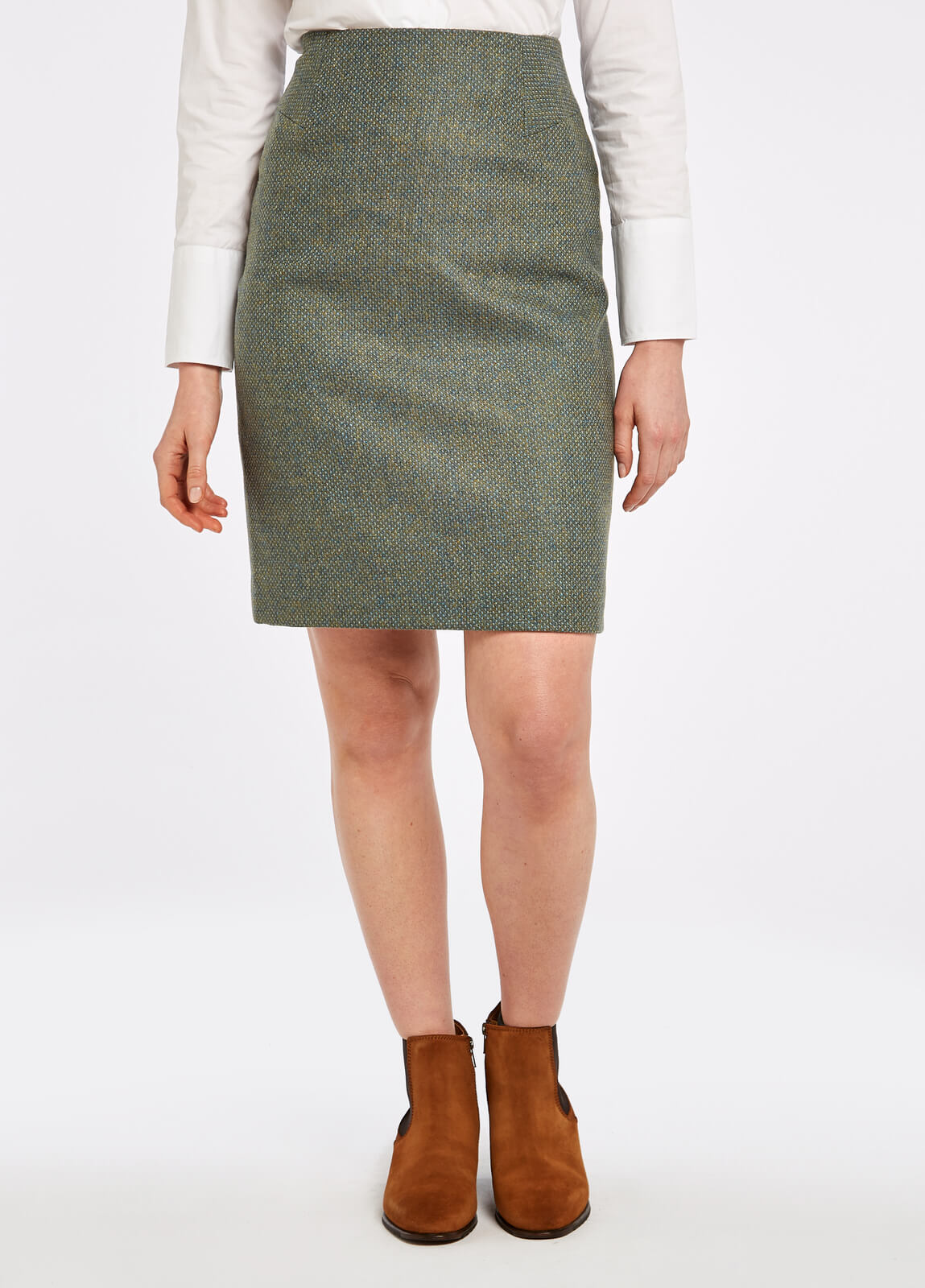 Dubarry_Fern_Tweed_Skirt_Rowan_on_model