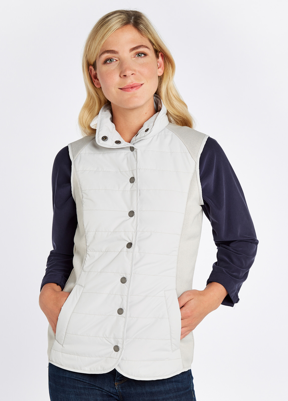 Ballycoe_Gilet_Ice_on_model